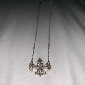 Jewelry - fleur-de-lis silver chain petite necklace